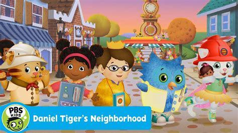 s day neighborhood daniel tiger s neighborhood the dress up day parade