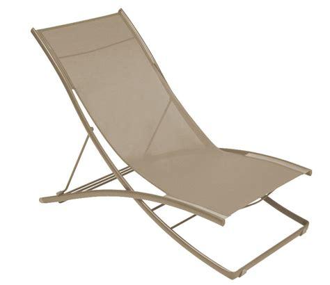 chaise longue fermob chaise longue plein air pliante fermob chaise longue