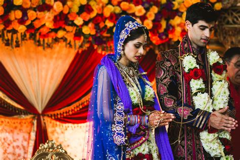 a traditional hindu indian wedding ceremony in houston