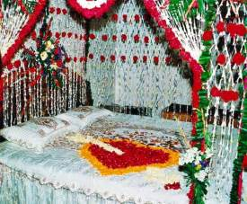 Romantic bedroom decoration ideas for wedding night