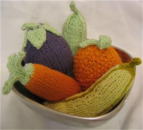 knitting pattern vegetables baby fruit veggie rattle free knitting pattern at jimmy