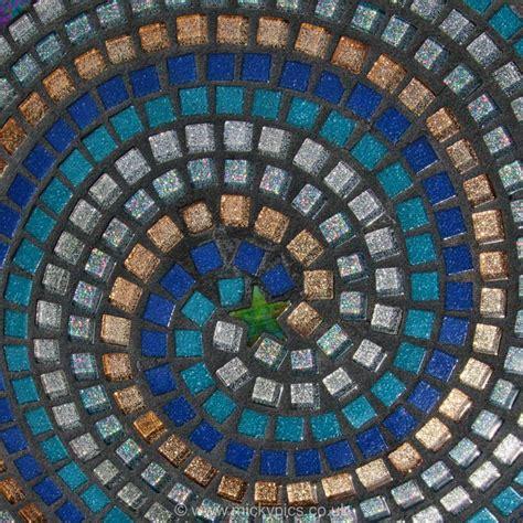 Mosaic Pattern Spiral   micky thompson patterns