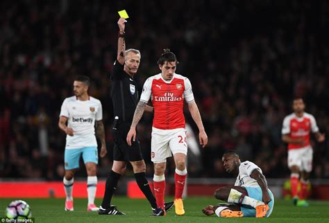 arsenal daily mail arsenal news pressure eased off arsene wenger with win