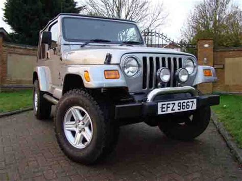 used jeep dubai 35 used jeep wrangler for sale in dubai uae dubicars
