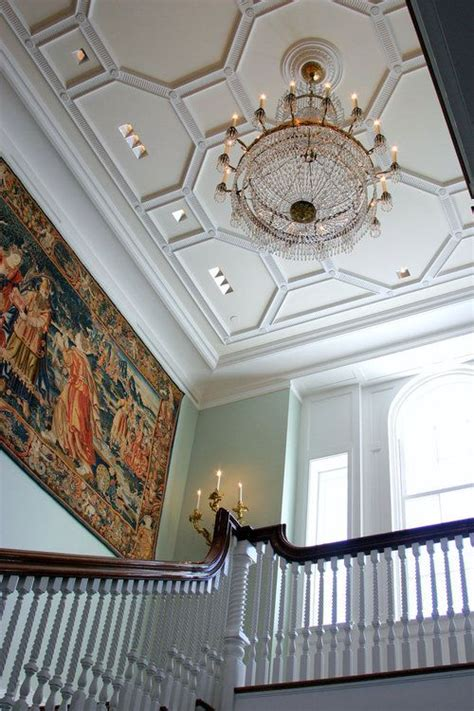 hanging tapestry from ceiling