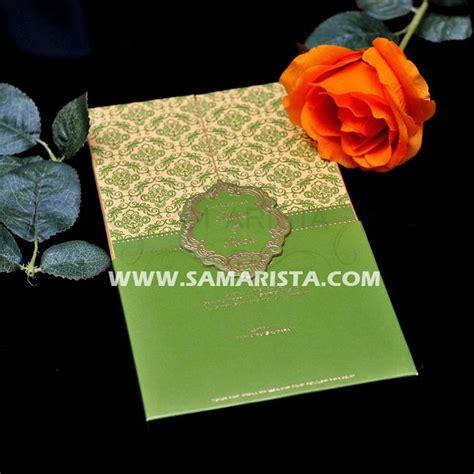 cetak wallpaper bandung kartu undangan pernikahan dengan warna hijau yang sangat