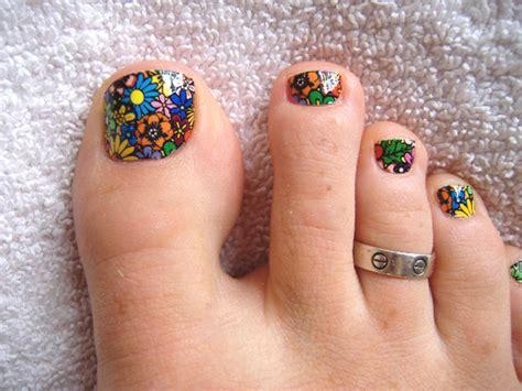 flower design on toenails 35 easy toe nail art designs ideas 2015 inspiring nail