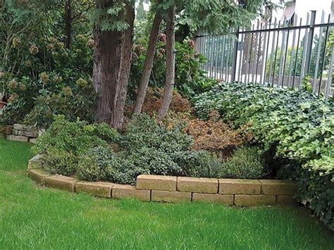 giardino casa aiuole giardino progettazione giardini aiuole per il
