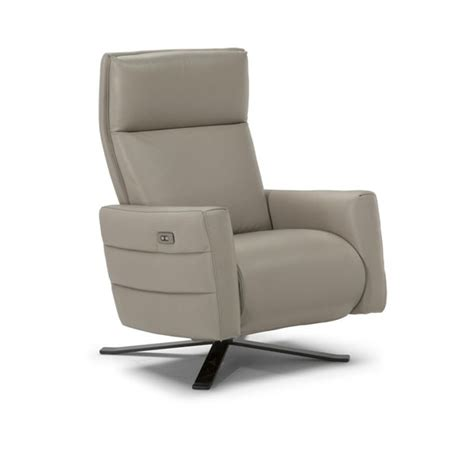 natuzzi electric recliner b958 leather electric power recliner by natuzzi quick