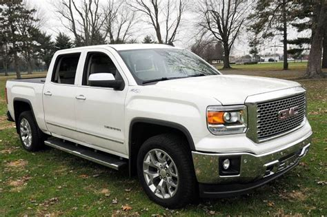auto house superstore 2015 gmc sierra 1500 slt 4x4 4dr crew cab 5 8 ft sb in terre haute in auto house