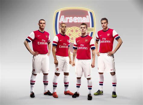 arsenal squad nike football unveils arsenal home kit for season 2012 13
