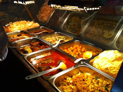 foods for buffets buffet lunch at makan makan the halal food estimator