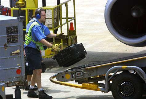 united airline international baggage united airlines gate agents baggage handlers approve new