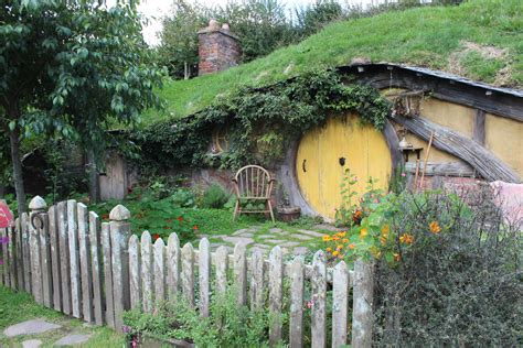 hobbits home the hobbit holes of hobbiton moon to moon