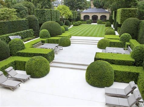 formal garden ideas 25 unique formal gardens ideas on formal garden