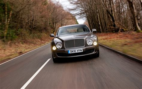 bentley releases a two bentley mulsanne full details released autoevolution