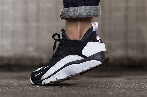 black and white pattern huaraches nike air trainer huarache low black white sneaker bar