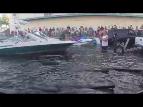 boat launch fails havasu dodge burns out on boat r fail doovi