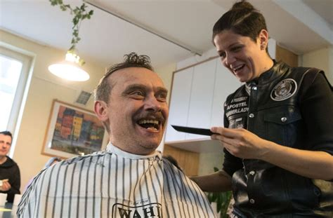 Friseure Stuttgart West Barber Angels Brotherhood In Stuttgart Friseure Schneiden