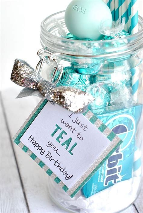 15 DIY Gifts for Your Best Friend   Gift Ideas   Diy gifts