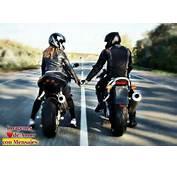 Im&225genes De Amor En Moto Toda Velocidad