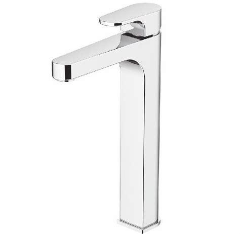 waarom tegels toilet hoge wastafelkranen en waarom dit handig is badkamer courant