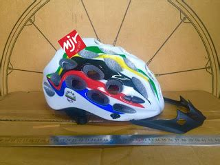Helm Sepeda Avand A20 toko sepeda majuroyal helm sepeda protector