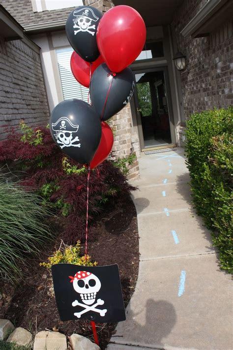 pirate themed birthday decorations best 20 pirate birthday ideas on