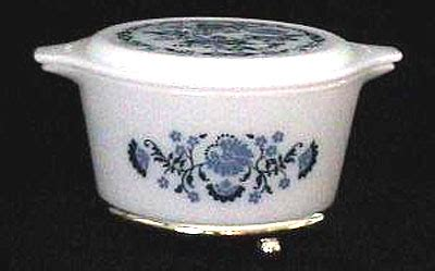pattern matching qt the pyrex files blue floral