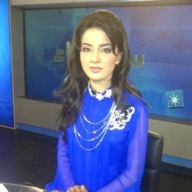 female news caster kiran naz joins samaa tv