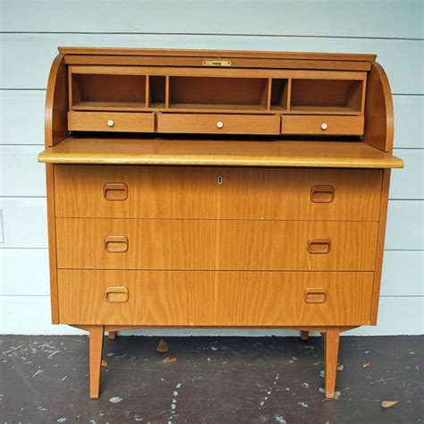 Dresser And Desk by Roll Top Dresser And Desk