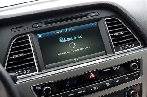 Bluelink Hyundai by Hyundai Blue Link Now Standard On 2018 Models Adds