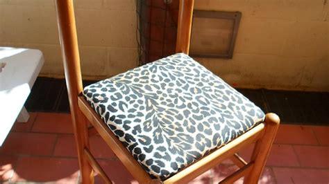 imbottire una sedia tappezza la seduta di una vecchia sedia fai da te casa