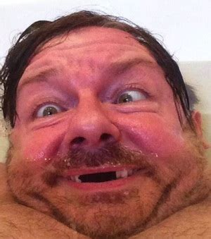 selfies in bathtub overview for rickygervais
