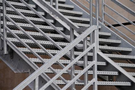 treppengeländer stahl preise au 223 en idee stahltreppe