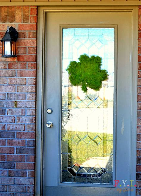 St Day Door Decorations by St S Day Shamrock Door Decoration