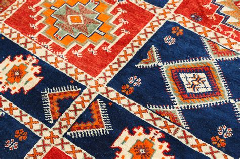tribal rug vintage moroccan tribal rug at 1stdibs