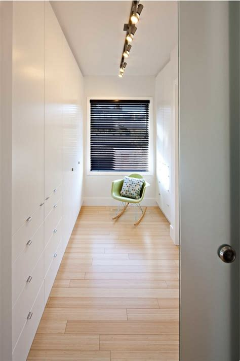 closet lighting ideas 5 practical lighting ideas for your closet digsdigs