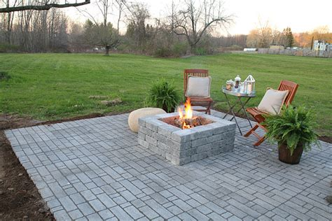 How To Patio Pavers How To Build A Paver Patio With A Built In Pit