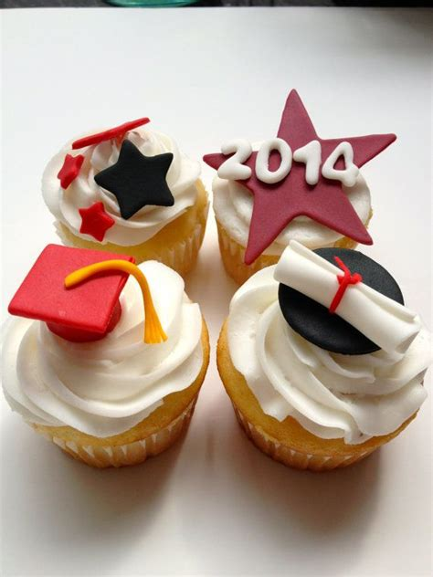Handmade Edible Cake Toppers - best 25 graduation cupcake toppers ideas on