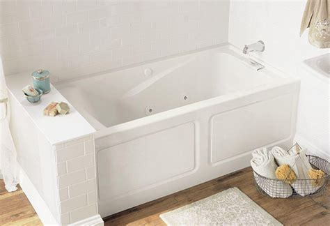 buy a bathtub buying guide bathtubs at the home depot