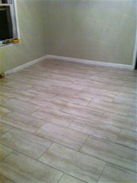 shop style selections 1 piece 12 in x 12 in basil peel and style selections 1 piece 12 in x 24 in groutable oyster