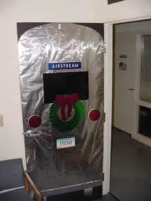 For christmas at the office funny christmas office door decorations