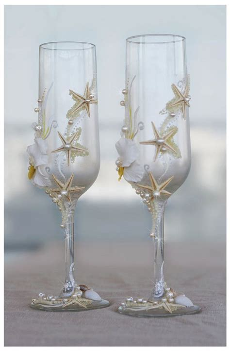 Pearl Wedding Glasses. Wedding champagne glasses hand