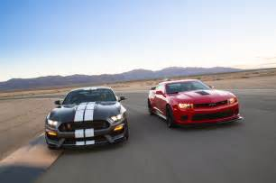 whats better a mustang or camaro 2015 chevrolet camaro z 28 vs 2016 ford shelby gt350r