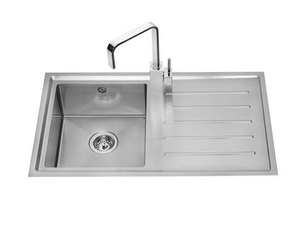 howdens kitchen sinks lamona windermere single bowl sink stainless steel
