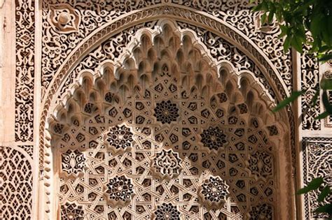 geometric pattern islamic architecture geometric patterns in islamic art architectural digest