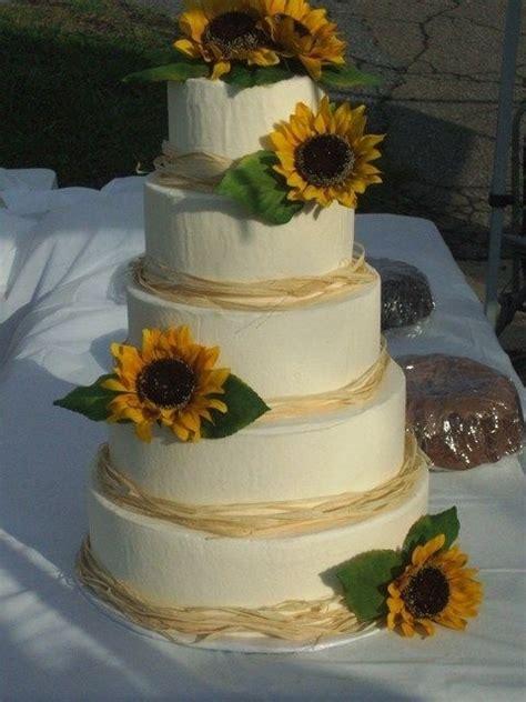 Sunflower wedding cake   Keeping it Classy   Pinterest