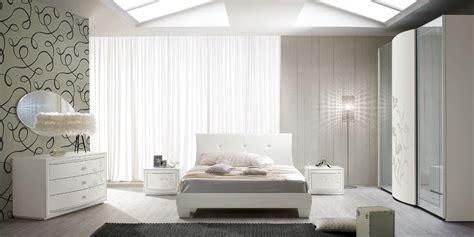 aziende camere da letto da letto classica con stile curvo e decori fiores
