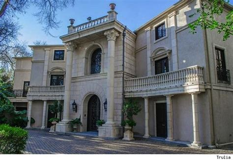 beyonce house beyonce buys home for mom tina knowles reports say photos